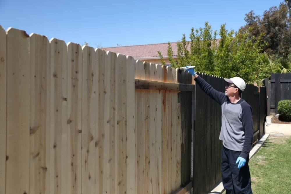 how to stain a fence
