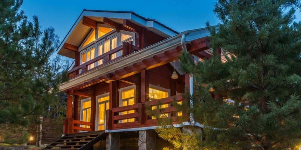 best stain color for log home